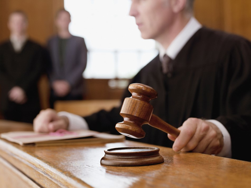 Найти судебный приказ по фамилии должника