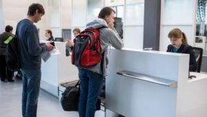 Можно ли выезжать за границу при долгах по кредиту, как проверить и снять запрет