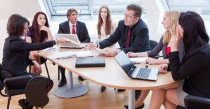 Правила проведения и цели первого собрания кредиторов — что важно знать